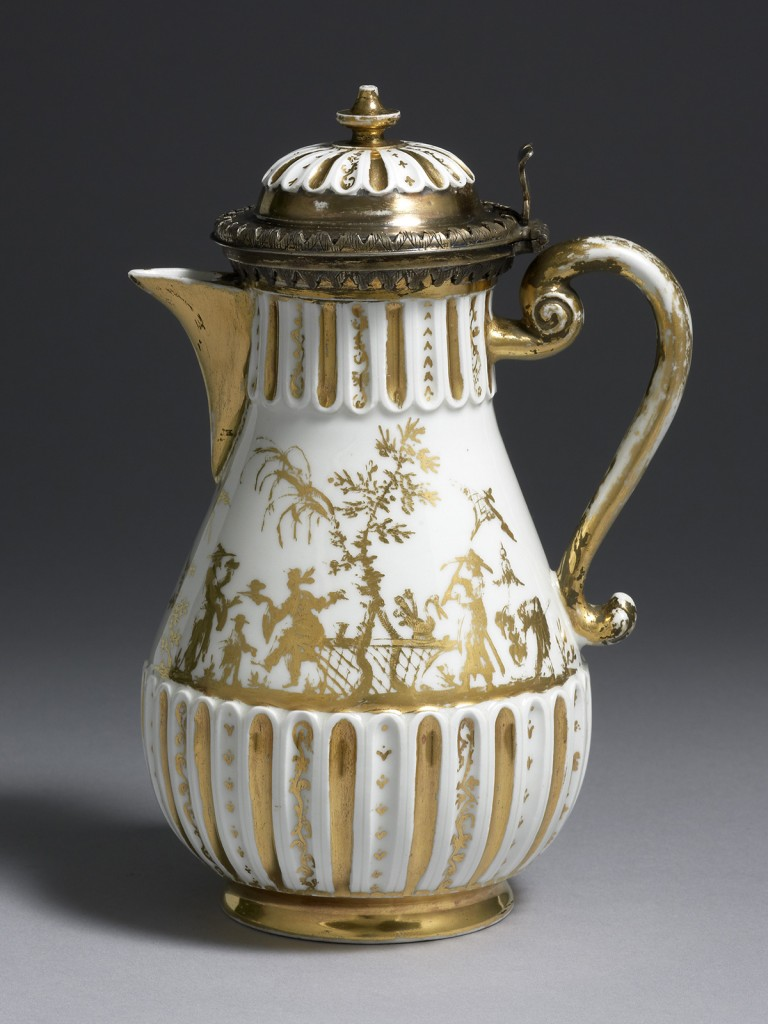 An extremely rare Böttger White Porcelain Coffee Pot and Cover