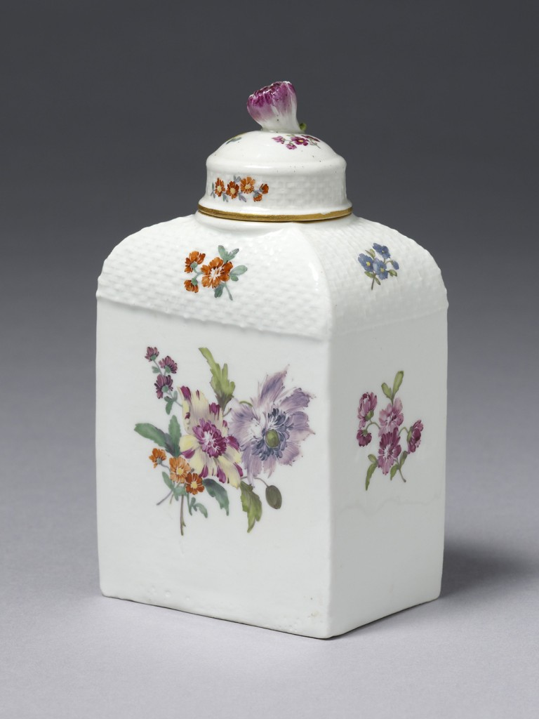 Meissen 'Deutsche Blumen' Tea Caddy and Cover