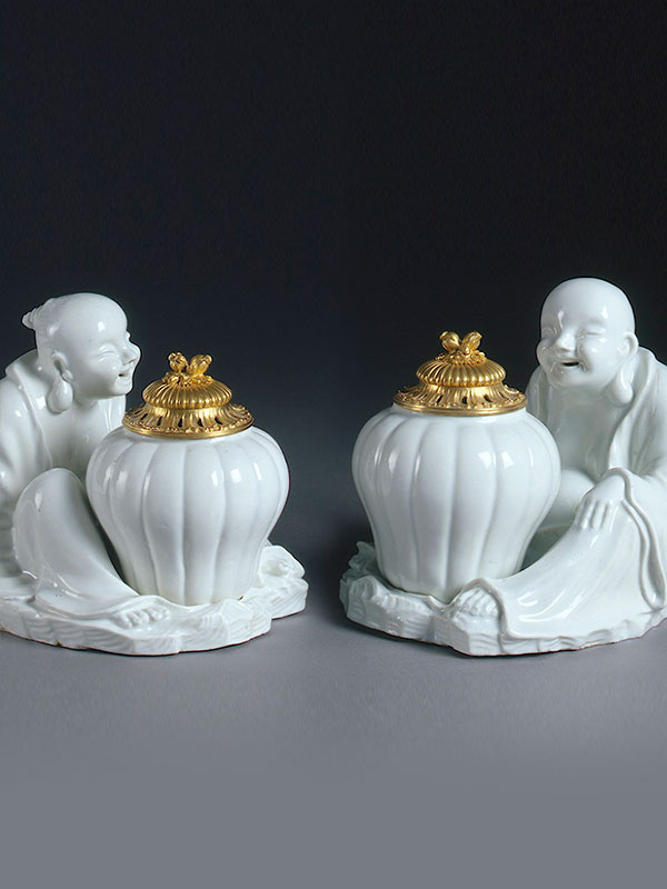 Pair of Chantilly Seated Laughing Pagodas circa 1730