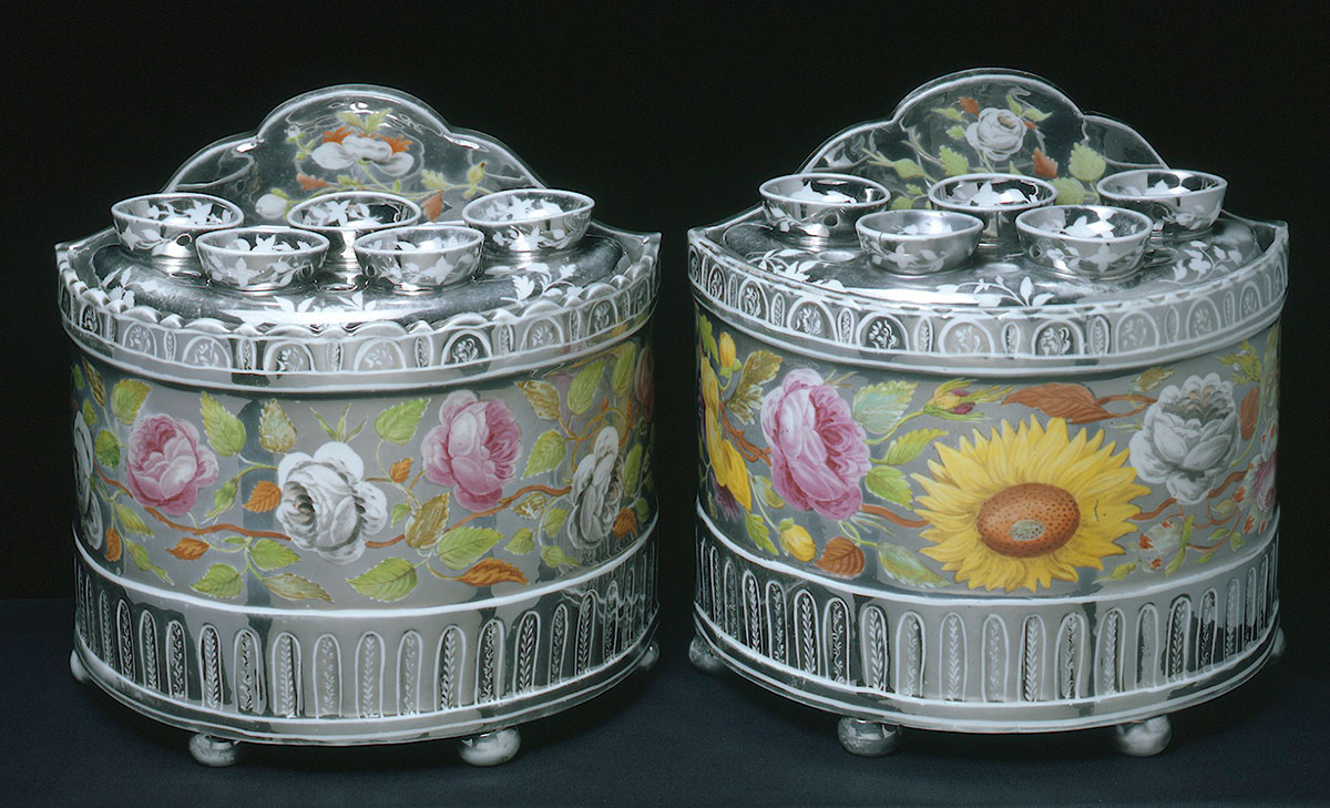 Pair of Staffordshire lustred Bulb pots and covers circa 1810