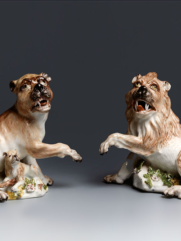 Meissen Pair of Lion and Lionesses modelled by J.J.Kaendler circa 1745