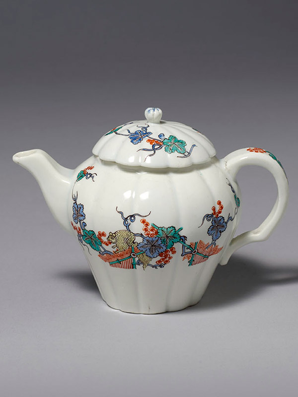 Chantilly Melon Shaped Teapot and Cover